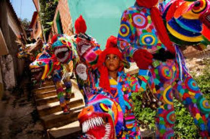 Los Diablos Danzantes De Naiguata Tradicion Que Se Mantiene
